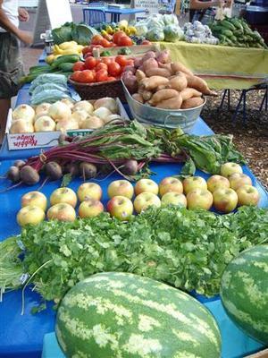 farmers_market_018_small.jpg